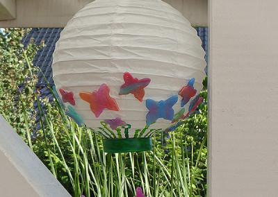 LED-Lampion mit MiraJolie-Schmetterlingen
